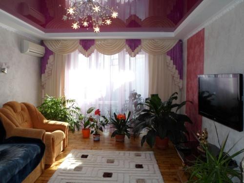 Трехкомнатный коттедж, улица Гагарина 50
